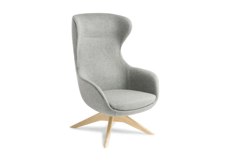 Crestline Elizabeth Chair with Timber Swivel Base in Natural Beech