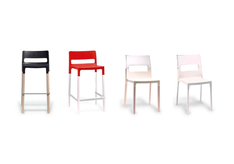 Commercial dining chairs for offices and restaurants by Divani
