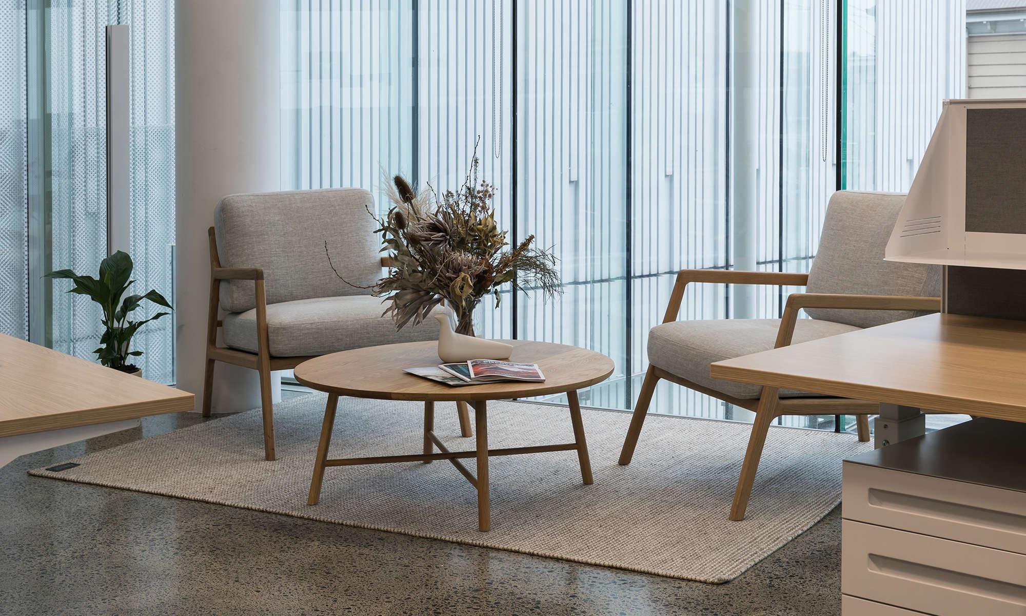 Sketch Nysse, European designed office furniture setting